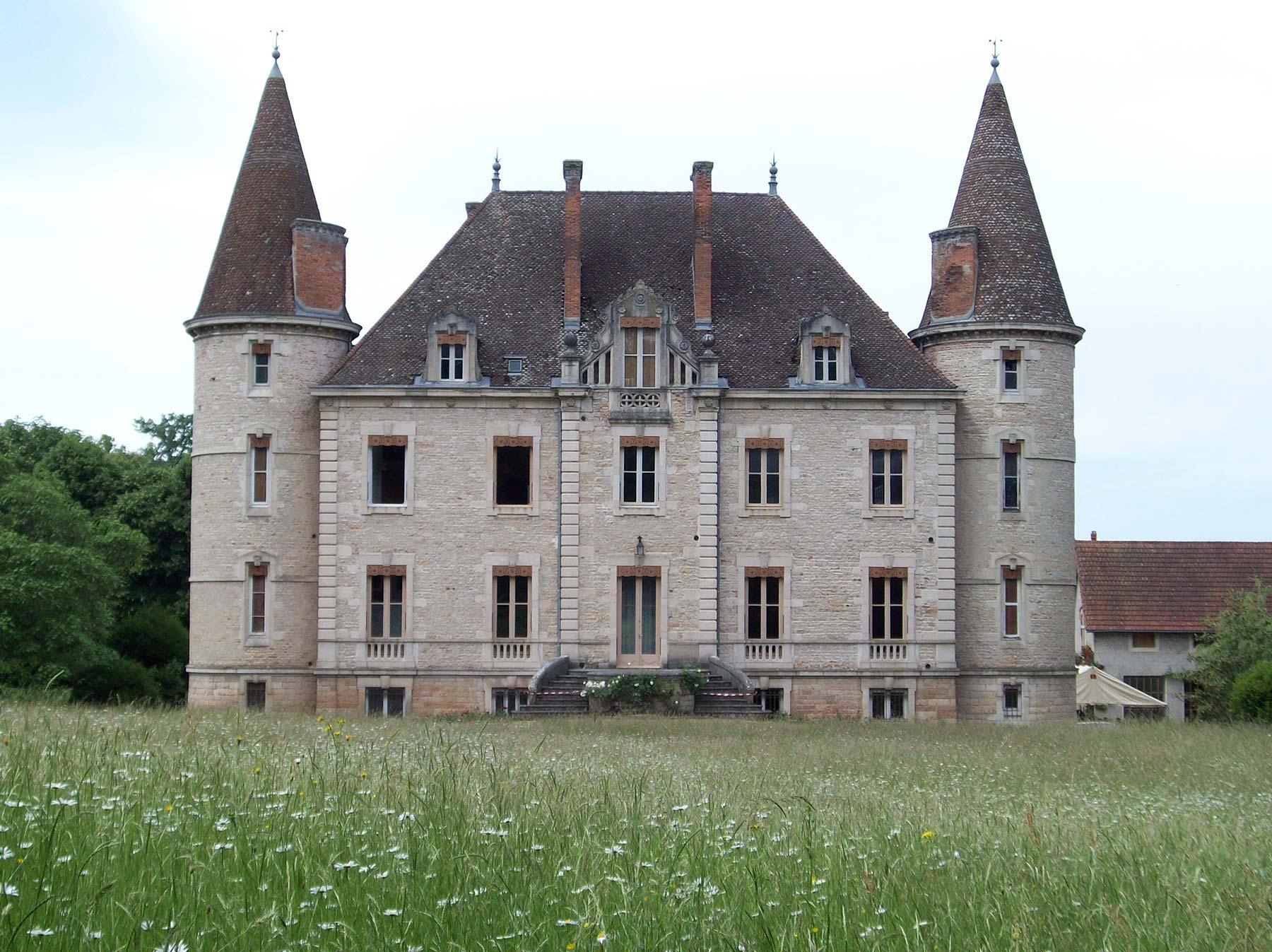 Chateau de Venière façade sud